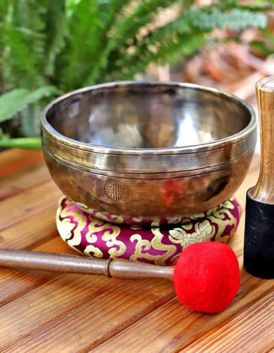 10 inch moon himalayan singing bowl