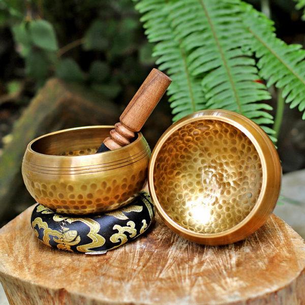 4 inch handmade hammered brass himalayan singing bowl